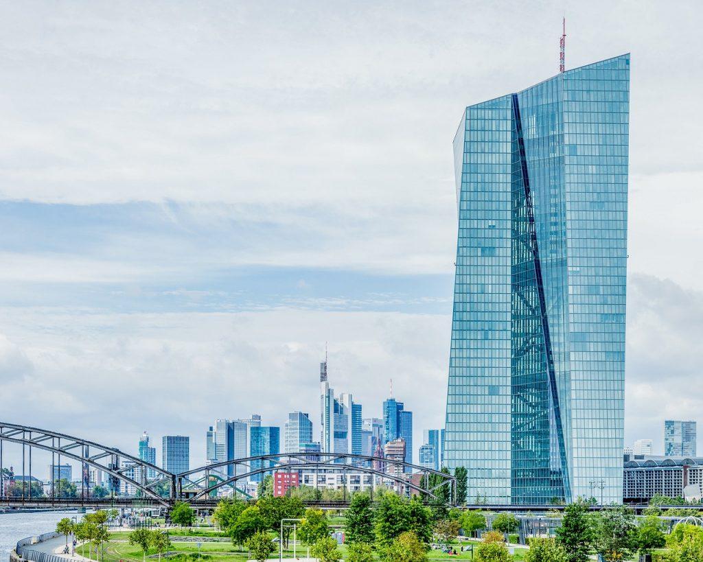 欧州中央銀行 政策金利(21/04/22発表)チャート記録